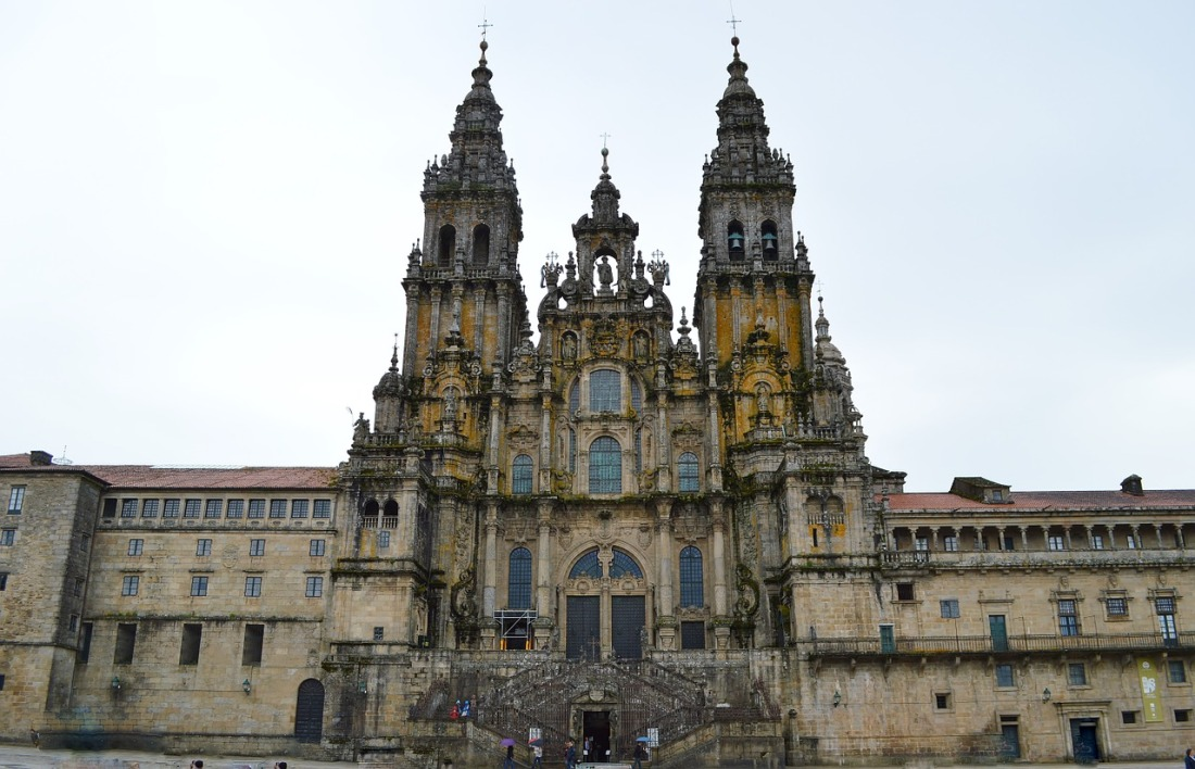 cathedral-235228_1280